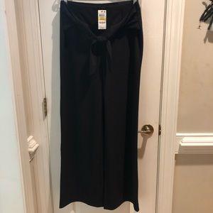 Black Alfani wide leg slacks